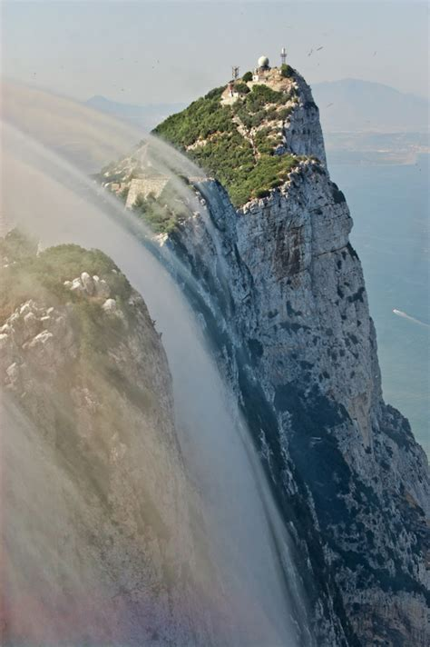 Picture of the Day: The Rock of Gibraltar Levanter Cloud