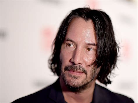 Music News: Keanu Reeves teaches stranded travelers about