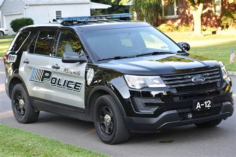 Police Cars Might be Making Officers Sick