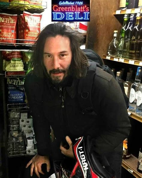 Keanu Charles Reeves January 1 2018 | Chicos bonitos