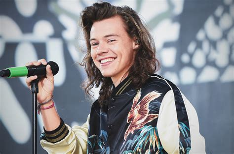 Harry Styles 'Sign of the Times' Single: Check out Full