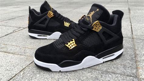 "2017 AIR JORDAN 4 RETRO ""ROYALTY"" - YouTube"