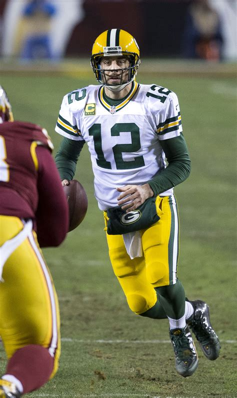 File:Aaron Rodgers, Redskins v Packers, Jan 2016